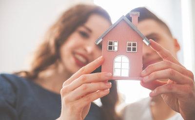 giovani che acquistano la casa dei loro sogni. Lookmove