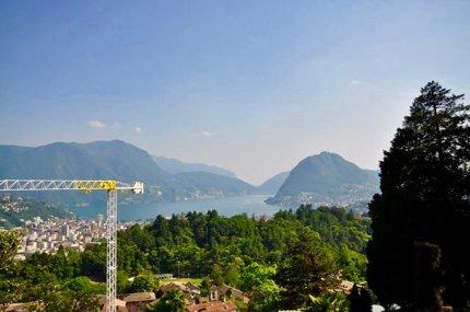 Terreno edificabile in posizione soleggiata con vista lago di Lugano 1/1