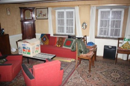 4 1/2-Zimmer-Dorfhaus zum Ausbauen / casa nel nucleo di 4 1/2 locali da ristrutturare 1/5